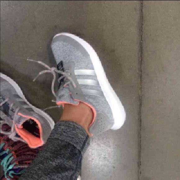 NEW ADIDAS WOMEN RUNNING SHOES AUTHENTIC CHIX GRAY