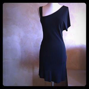 Perfect little black dress!