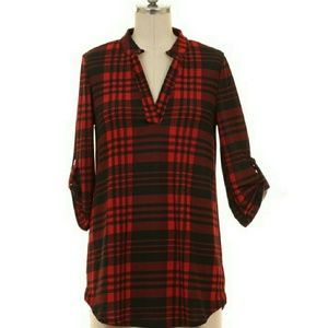 Tops - 1 MEDIUM LEFT⚘ Burgundy Plaid Roll Sleeve Blouse