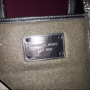 c3a9896a73269b Michael Kors Bags - NWT Michael Kors Tweed Tote bag Purse Silver