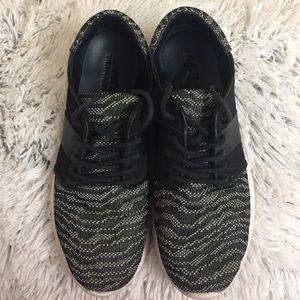 Zara Roshe Gray Black White Athletic Sneakers