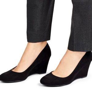 Women's Ellen Faux Suede Black Wedge Heel Pumps