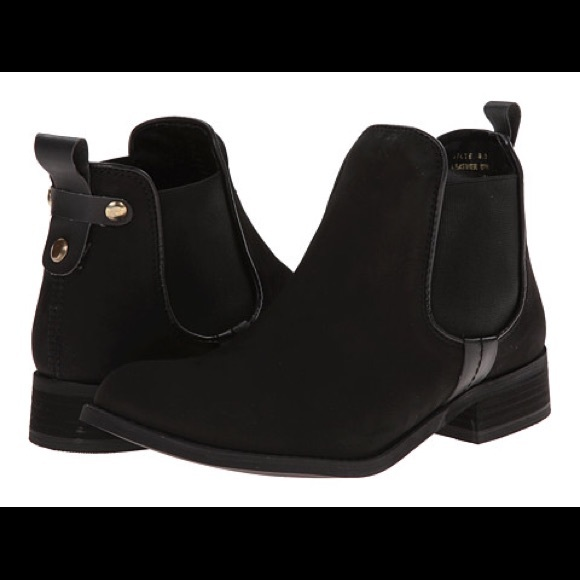 5c028494a3c Steve Madden Gilte Ankle Boots. M 585caca66802784a0c02a971