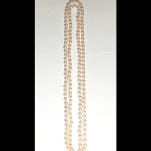 Jewelry - Elegant Faux Pearl Strand Necklace