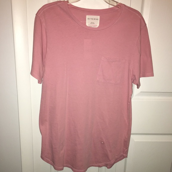 Extended pink longer length t-shirt on the Byas f01a350e10a