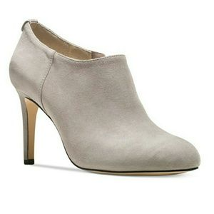 Michael Kors Shoes - 🎉HP🎉 MICHAEL KORS Suede Booties Grey Ankle Boots