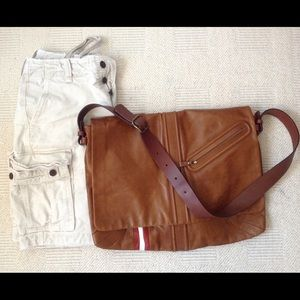 Bally Other - 🎉🎉🎉Men's HP!!!  3.3.2017 leather messenger bag.