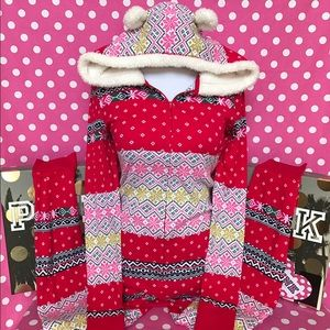 🆕NWT VS Fireside hooded Sherpa onesie