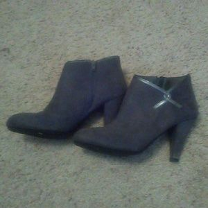 Predictions Shoes - Charcoal Heeled Boots