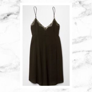 Aritzia Dresses & Skirts - Wilfred by Aritzia Leibnez Slip Dress
