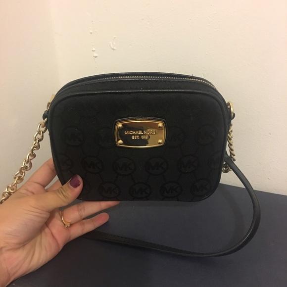 25316b08919749 Michael Kors Bags | Sling Bag | Poshmark