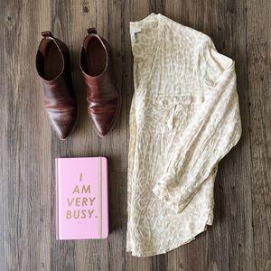🎉HP🎉 Joie silk blouse