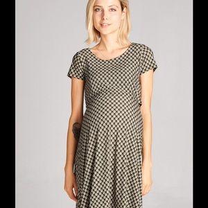 Hello Miz Dresses & Skirts - Hello Miz Maternity / Nursing Print Dress