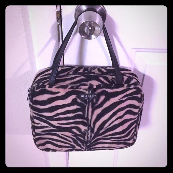 42525f99ef0 kate spade Handbags - Kate Spade Vintage Animal Print Minna
