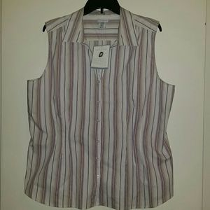 Jaclyn Smith Tops - *NWT* Woven Button Down Top