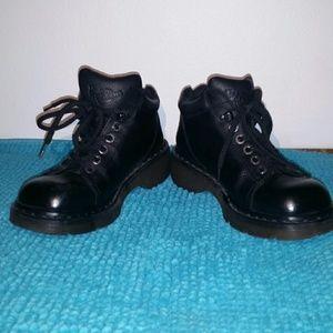 Dr. Martens Shoes - DR MARTENS unisex shoes