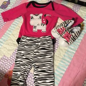 Bon Bebe Other - Cute zebra outfit