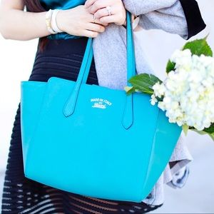 💯❣️ Gucci Medium Swing Tote in Turquoise Leather