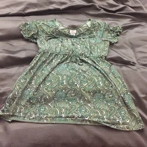 Green paisley medium maternity top shirt