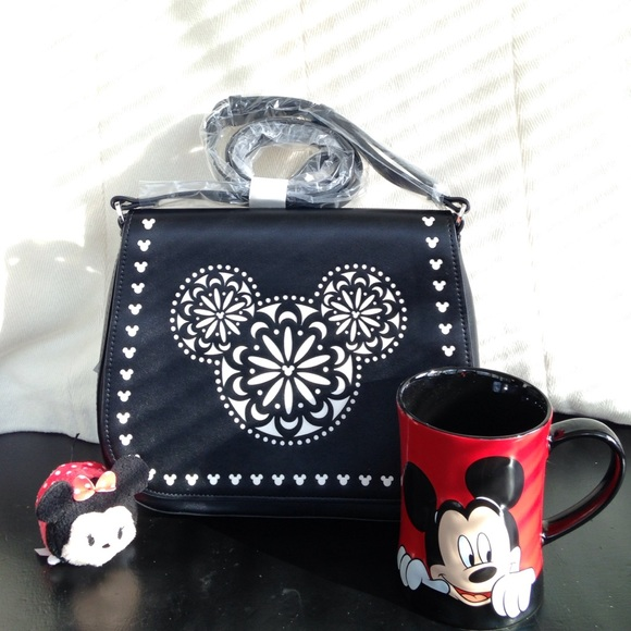 252eeb1440 Disney Vera Bradley Laser Cut cross body purse