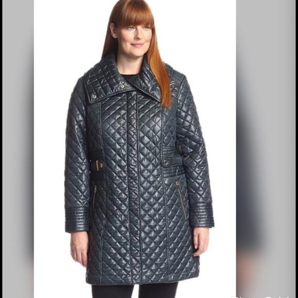 5b90b35f8a8 Via Spiga Plus Size 1X Quilted Coat w  Side Tabs