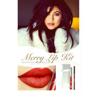 Kylie Cosmetics Other - 💄MERRY LIP KIT💄KYLIE 💄BNIB
