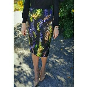 Gracia Dresses & Skirts - ⬇SALE!!! Patterned Skirt