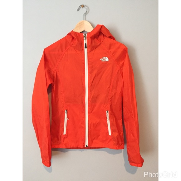 ab3837adcd The North Face Shell Running Jacket 🏃🏻 ♀ . M 585eb6462ba50aabb900a67f