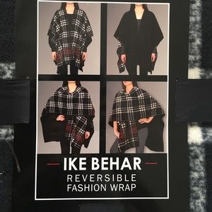 Ike Behar Sweaters - Ike Behar reversible fashion wrap