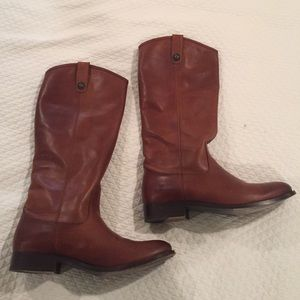 Frye Melissa Button Riding Boots in Cognac size 9
