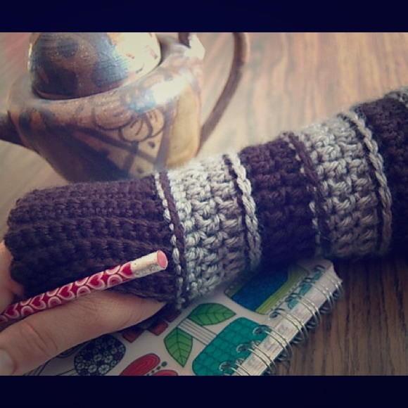 Lizzies Fashion Accessories Womens Crochet Fingerless Mittens