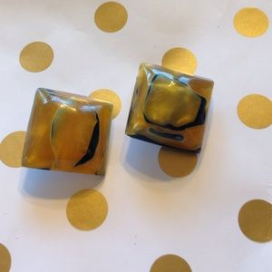 Jewelry - Vintage Square Resin Clip-on Earrings
