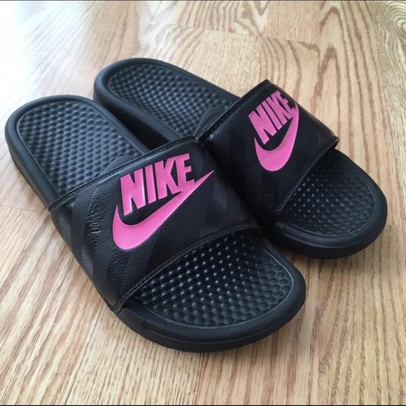 174f685636c5 Buy pink nike slippers