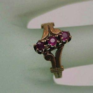 Jewelry - 12k yellow  gold 3 genuine Rubies ring Victorian