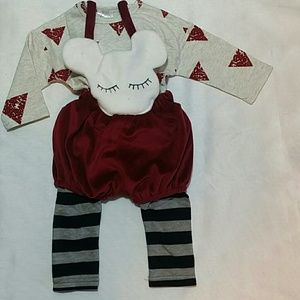 Leighton Alexander  Other - Maroon face 2 pc set - NWT
