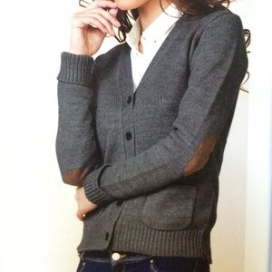 Sale Knit gray sweater w/elbow patches