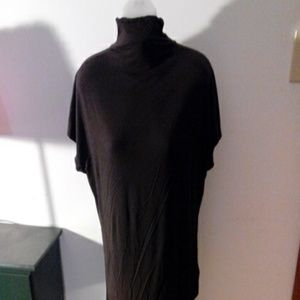 Relativity Tops - Brown Mock turtle neck, soft and comfy