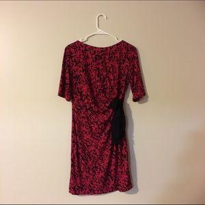 Just Taylor midi dress