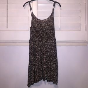 Brandy Melville Dresses & Skirts - Brandy Melville Printed Dress