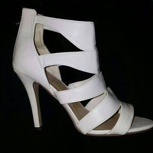 Dollhouse Shoes - Womens strappy Heels