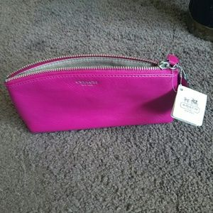 COACH LEGACY LEATHER LARGE COSMETIC BAG