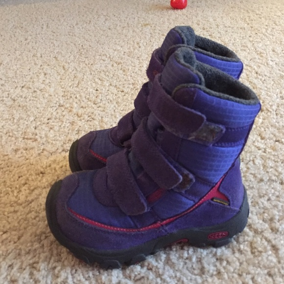 87% off Keen Other - Keen toddler boots size 9 from Ashley's ...