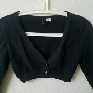 H&M Sweaters - Cropped Cardigan