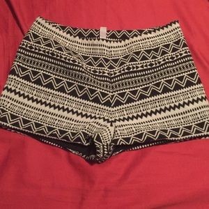 Pants - Tribal print side zip shorts