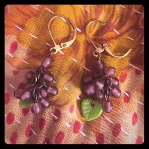 Adorable grape earrings!! From anthropologie! 💜