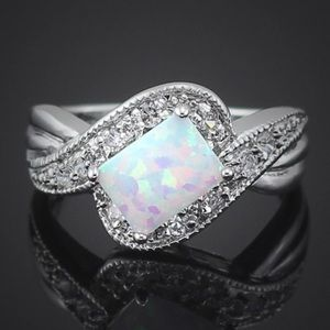 """Jewelry - """"Reflective Promises"""" Princess Ring"""