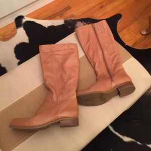 Nine West Shoes - Nine West size 7 tan leather flat heel boots