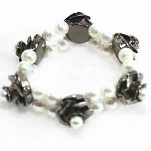 Jewelry - Lovely White Pearl on Dark Roses Stretch Bracelet