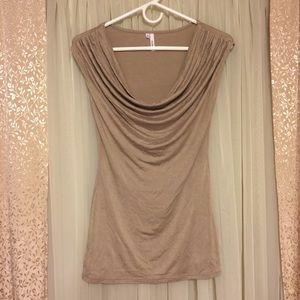 Studio Y Tops - Studio Y scoop neck Taupe Shirt XS