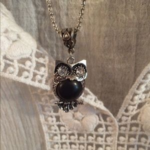 Esley Jewelry - BUNDLE white top & owl necklace and earrings set